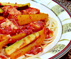 Chicken and Pasta in Red Sauce