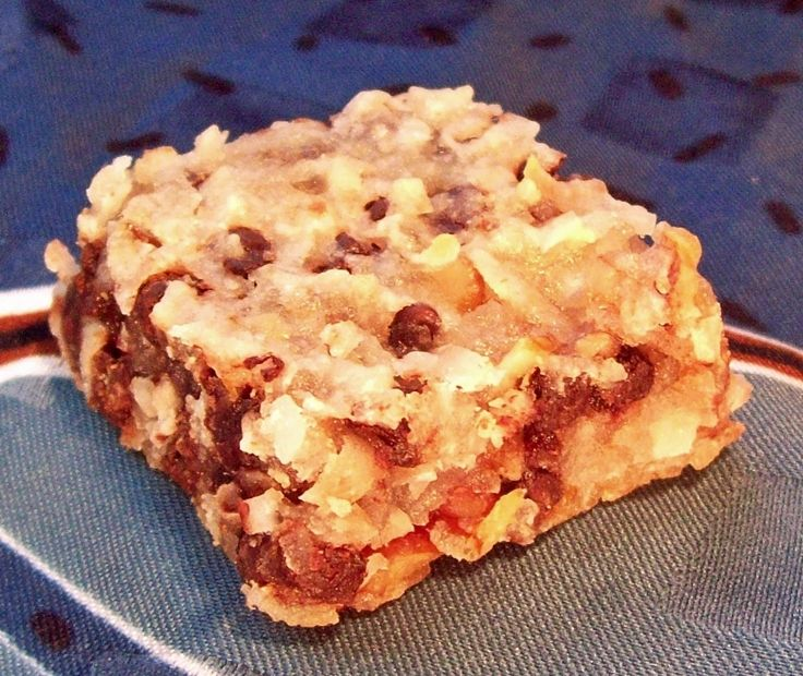 Oatmeal Applesauce Raisin Bars