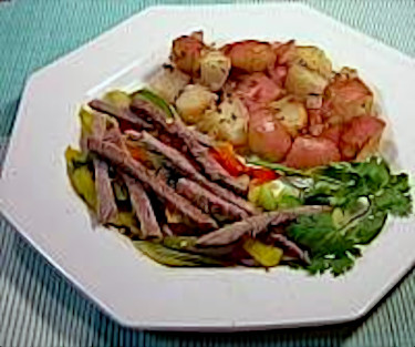 Beef and Pepper Strips with Oven Red Potatoes