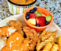 Image of Chicken Strips Con Queso