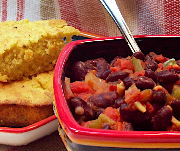 Kidney Bean Chili and Vegan Pineapple Corn Bread