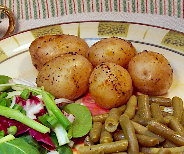 Roasted New Potatoes with Green Beans and Salad