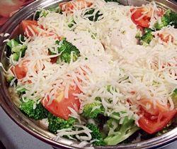 Tomato, Basil and Broccoli Chicken
