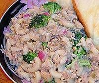 Tuna Mac Salad and Cheese Bread