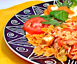 Vegetable Farfalle with Chicken and Tomatoes